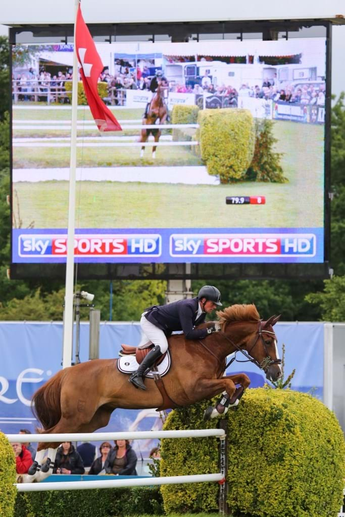 sky-sports-derby-jumping-c-samantha-lambjpg